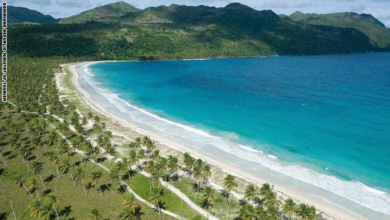 151006053208-dominican-republic-beauty--samana-playa-moron-super-169