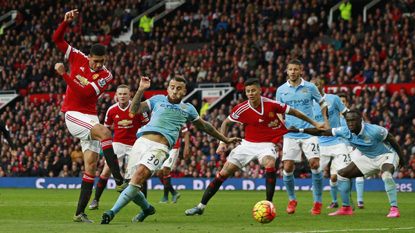 Football - Manchester United v Manchester City - Barclays Premier League - Old Trafford - 25/10/15