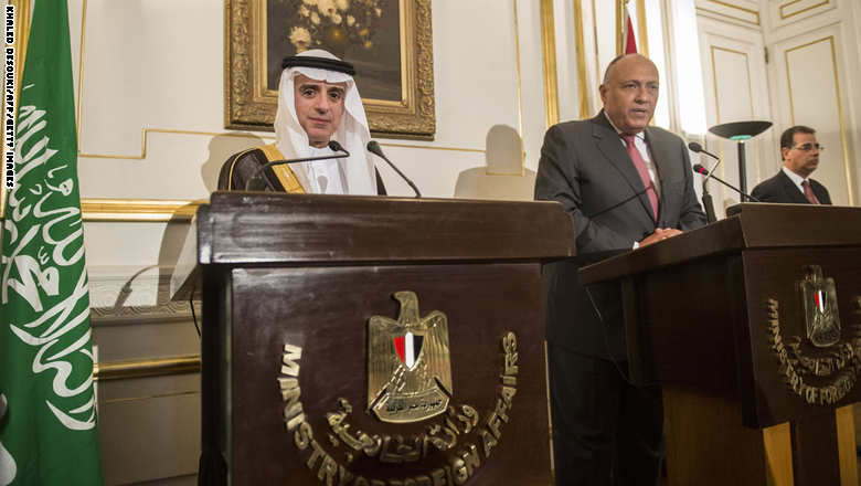 Egyptian Foreign Minister Sameh Shoukri (R) and his newly appointed Saudi counterpart, Adel al-Jubeir, hold a joint press conference following their meeting in Cairo on May 31, 2015. AFP PHOTO / KHALED DESOUKI        (Photo credit should read KHALED DESOUKI/AFP/Getty Images)